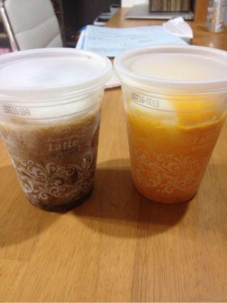 フローズンスイーツはコーヒー味とマンゴー味があり